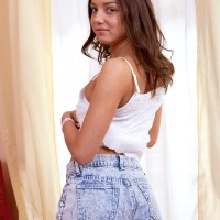 18 yr old brown-haired stunner Seductive Di unveiling tiny teener titties in panties and barefeet