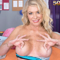 Sumptuous experienced blond Lauren Taylor gets buck naked while trying on clothes