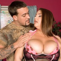 BIG SEXY WOMAN Hillary Hooterz has her humungous tits and butt liberated from sweet lingerie on a bed