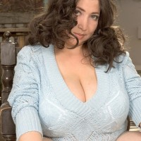 BBW solo model Diana sets a humungous titty loose of brassiere and a dress on the patio