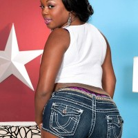 Ebony solo model Jayden Starr unsheathing monster-sized booty from denim cut-offs and thong undies