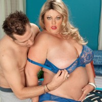 Golden-haired BIG HOT WOMAN Brianna Falcone tit strangles her guy before cootchie gobbling and sexual intercourse