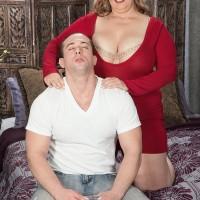 Platinum-blonde BIG HOT WOMAN Cami Cooper providing rubdown before baring big boobies for nipple munching