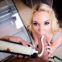 Ash-blonde female Victoria Summers taking it up the butt from the cook inwards diner