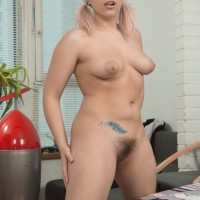 Sandy-haired MILF Jill extracting large flappy boobs in pigtails before masturbating unshaven cootchie