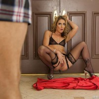 Blond MILF XXX star Sheena Shaw getting ass penetrated by huge dick in ebony hose