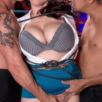 Black-haired stunner Elle Flynn bound with cable while enduring MMF nipple gobbling