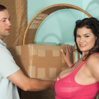 Brown-haired Latina fatty Haydee Rodriguez unsheathing hefty breasts from sundress