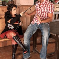 Brunette MILF Arianna Sinn has a dude slurp her cooter and swell nipples after boot munching