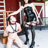 Dark-haired girlfriend Sarah Dice has her slave spouse worship her ass and fuckbox