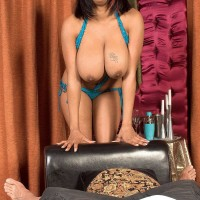 Plump black dime Carmen Hayes kneading giant XXX actress knockers and nipple gobbling