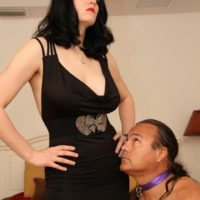 Dark-haired gf Shae Fatale hog trusses her masculine before disrobing to her lingerie and high-heeled shoes