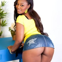 Ebony MILF Nina Rotti unsheathes her massive butt while seducing her white lover