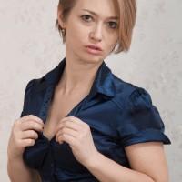 Euro amateur Yulenka Moore vaunting fur covered slit underneath white undies