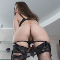 Euro brunette amateur Dea Ishtar parting furry twat in hose and high heels