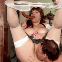 Obese female Brandy Ryder baring melons before sucking and riding dick