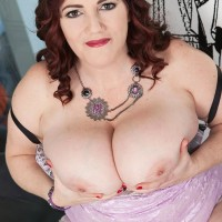 Plus-size stunner Roxee Robinson letting her big all-natural tits loose from sundress in high-heeled shoes