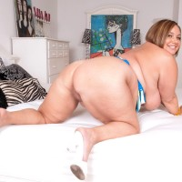 Plus size gal Kendra Grace finger stretches her muff before her man eats her hard nipples