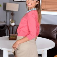 Glasses attired teener spinner Melissa Moore giving hand-job after extracting petite funbags