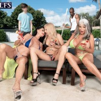 Grandmother pornstar Rita Daniels and her gfs seduce the pool cleaning studs