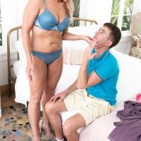 Irresistible blond granny Chery Leigh showcases a junior dude while seducing him