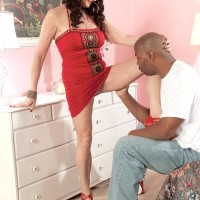 Killer brown-haired grandmother Rita Daniels seduces a younger black guy with her superb pins