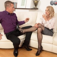 Stunning senior woman Beata gives a ball licking oral sex after seducing a younger stud