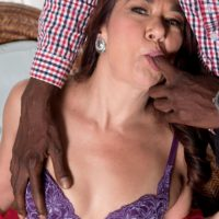 Gorgeous older dame Renee Ebony takes off her lingerie for a ebony guy