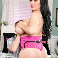 Latina chick Daylene Rio entices a dude with her overweight butt and humungous melons