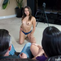 Latina MILF Mercedes Carrera and teenager sweetheart Sara Luvv stack arses in threeway