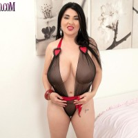 Latina solo model Daylene Rio loose her hooters and smoothly-shaven twat from her lingerie