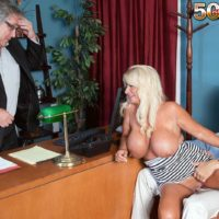 Senior platinum-blonde broad Annellise Croft flashing huge boobs in front of cuck