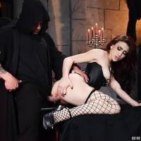 MILF XXX pornstar Mandy Muse taking butt-hole screwing in ebony fishnet tights