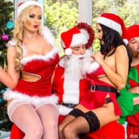 MILF adult vid starlets Phoenix Marie and Ava Addams having 3some with Santa Claus