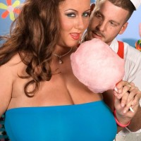 Plus size girl Rose Valentina masturbating while slurping cotton candy