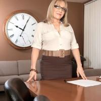 Over Sixty schoolteacher Luna Azul seduces a masculine student in her work place