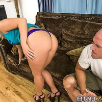 OVERWEIGHT ARSED MILKY GIRL Kimmy Olsen deepthroats on a big dick before bung fuckhole sex after seducing her man