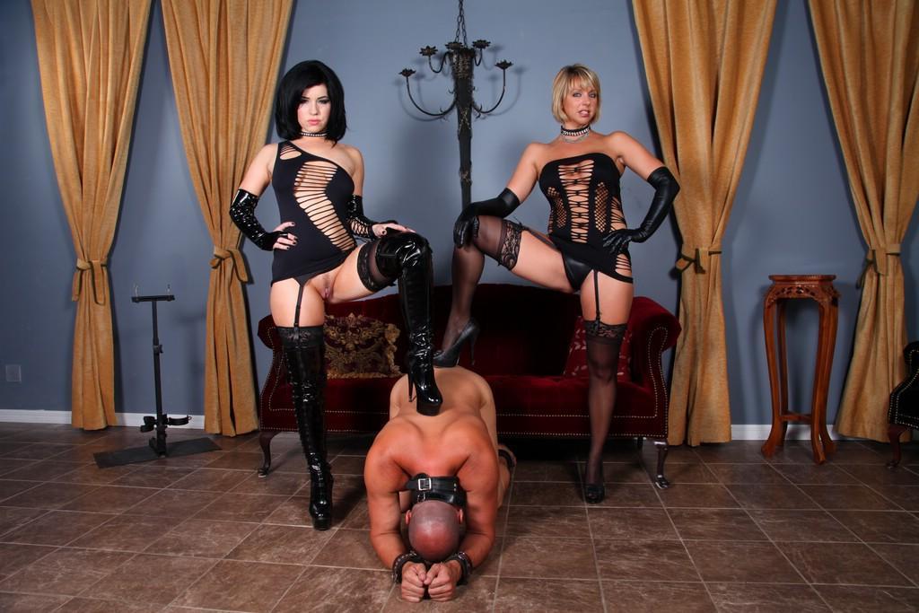 Erotic domme collaring men stories HQ porn pics