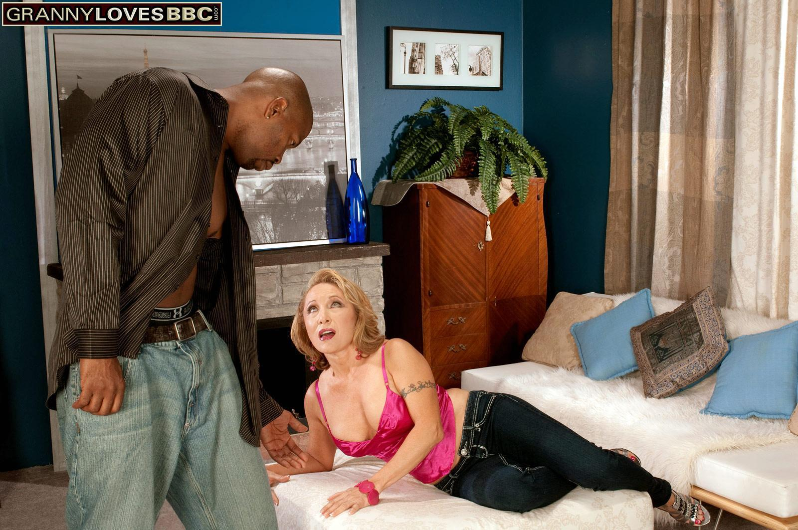Sweet experienced gal Luna Azul tempts a junior black dude in satin lingerie and jeans