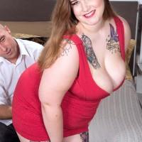 Tatted BBW Big-boobed Emma pulling out humungous boobs and tush before providing handjob