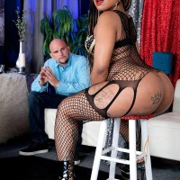 Tatted black girl Diamond Monroe dirty dances her massive derriere on a chair for a milky dude