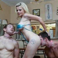 Tatted sandy-haired Nadia White having collared masculine slaves adoration barefeet