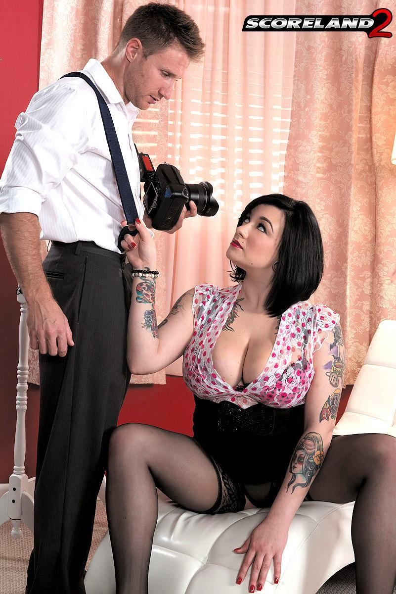 Chubber black-haired stunner Scarlet LaVey flaunting tats in lingerie and pantyhose