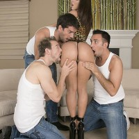 Top XXX pornstar Jada Stevens offers up her succulent tush for anal sex to three boys at once